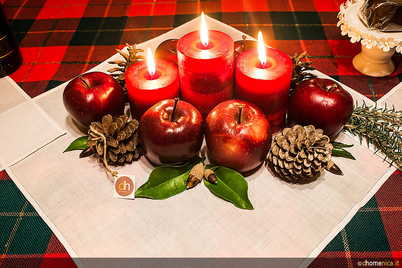 Centrotavola natalizi originali da creare con il fai da te il blog di - Centro tavola natalizio con pigne ...